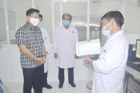 Kiểm tra quy trình, hoạt động của phòng xét nghiệm bệnh phẩm Covid-19 trên địa bàn tỉnh