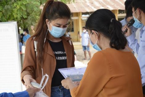 Châu Thành: Bàn giao 170 công dân hoàn thành cách ly