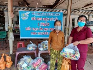 Hội LHPN Phước Đông: Hỗ trợ người nghèo trong cơn đại dịch