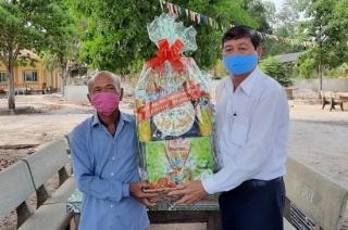Lãnh đạo tỉnh thăm, chúc tết đồng bào Khmer xã Hoà Thạnh