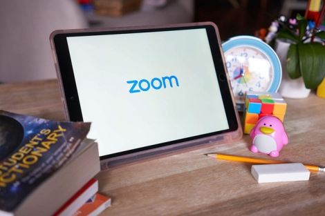 Zoom bị 'cấm cửa' nhiều nơi