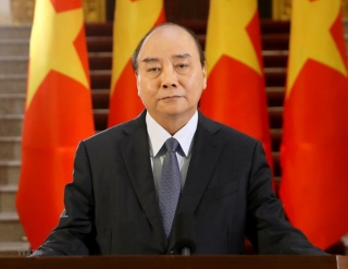 Thủ tướng Nguyễn Xuân Phúc gửi thư cho bà con người Việt ở nước ngoài