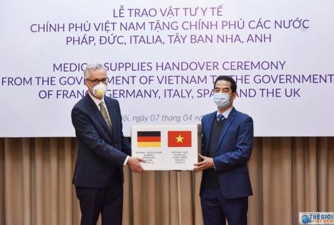 Một Việt Nam trách nhiệm trong cuộc chiến với Covid-19