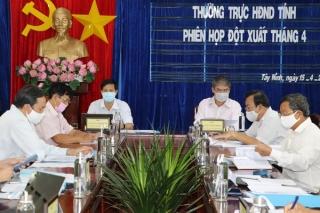 Xem xét một số nội dung do UBND tỉnh trình tại kỳ họp thứ 15 HĐND tỉnh