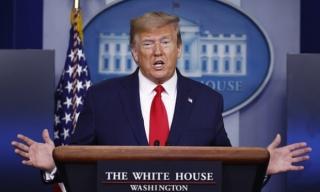 TT Trump đe dọa sẽ có hậu quả nếu Trung Quốc làm bùng phát đại dịch