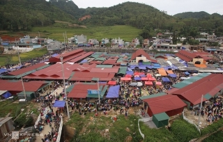 Thị trấn Đồng Văn bị phong toả