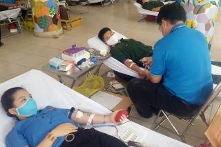 Toàn tỉnh vận động hiến máu tình nguyện đạt 300 đơn vị máu