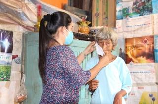 Hội LHPN Long Thành Nam tích cực hỗ trợ cho người dân bị ảnh hưởng bởi dịch bệnh