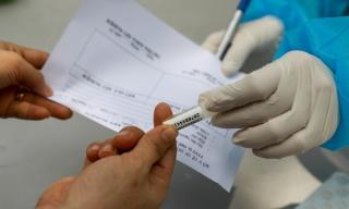 Dừng mua sắm thuốc cho kịch bản 10.000 ca nhiễm nCoV