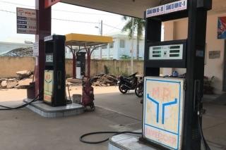 Người dân không nên tích trữ xăng dầu
