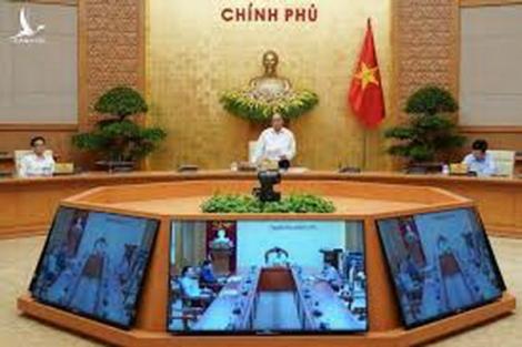 Thủ tướng chủ trì Hội nghị với doanh nghiệp về phục hồi nền kinh tế
