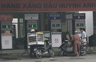 Xử lý nghiêm các hành vi vi phạm trong kinh doanh xăng dầu