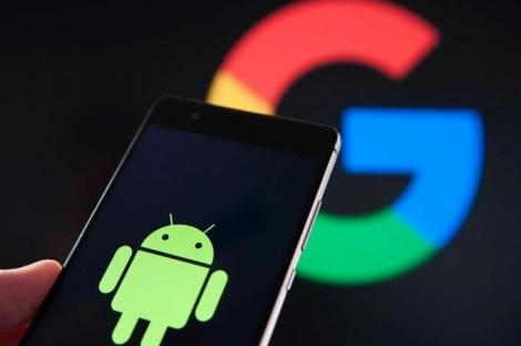 Google bị tố theo dõi người dùng Android