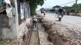 Bến Cầu: Thi công mương thoát nước và mở rộng, sửa chữa uyến đường nhựa đi vào khu di tích Địa đạo Lợi Thuận
