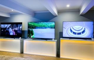 Giá TV 4K cỡ lớn ngày càng rẻ