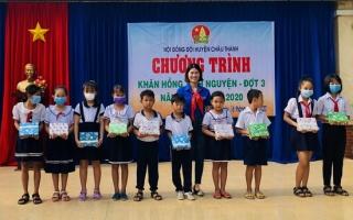 Châu Thành: Tổ chức chương trình Khăn hồng tình nguyện