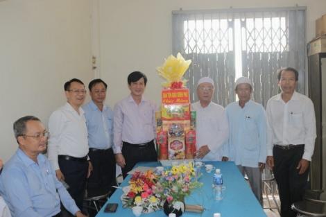 Ban Tôn giáo Chính phủ thăm Ban Đại diện Cộng đồng Hồi giáo Islam tỉnh Tây Ninh