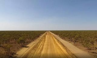 Trung Quốc ồ ạt mua đất, hạ tầng, công ty Australia