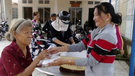 Nữ tổ trưởng dân cư tự quản đam mê công tác xã hội