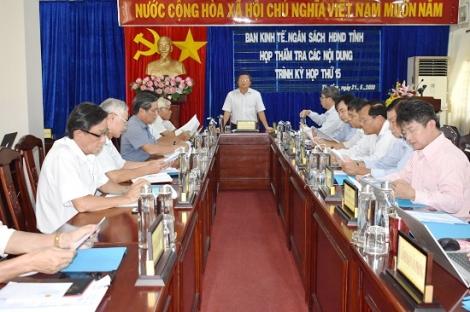 Ban Kinh tế- Ngân sách HĐND tỉnh: Thẩm tra các nội dung trình kỳ họp thứ 15