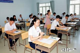 Thí sinh chỉ được chọn một tổ hợp môn thi