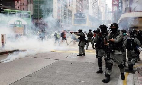 Người Hong Kong biểu tình phản đối dự luật an ninh