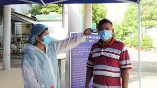 Nữ nhân viên y tế BVĐK Tây Ninh bị hành hung khi đang trực sàng lọc Covid-19