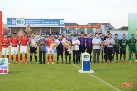 Xi măng Fico Tây Ninh  thua ngược trước Hồng Lĩnh Hà Tĩnh, mất quyền đi tiếp giải Cúp Quốc gia