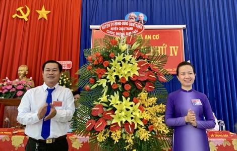 Các địa phương, cơ sở trên toàn tỉnh tiếp tục tổ chức đại hội Đảng nhiệm kỳ 2020-2025