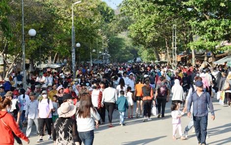 Tây Ninh đặt mục tiêu đến năm 2025 tổng doanh thu từ khách du lịch đạt 6.800 tỷ đồng