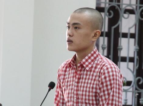 16 năm tù vì giành hát karaoke rồi giết người