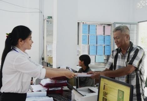 UBND tỉnh ban hành bộ chỉ số đánh giá năng lực cạnh tranh sở, ban, ngành tỉnh và UBND các huyện, thị xã, thành phố