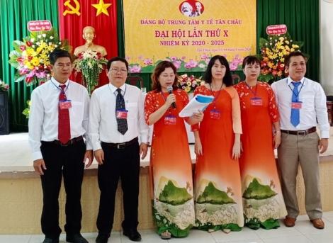 Nhiều địa phương tiếp tục hoàn thành đại hội Đảng cấp cơ sở