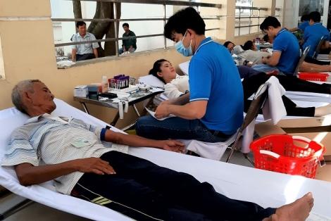Bến Cầu: Có 330 đơn vị máu được hiến trong đợt 3.2020