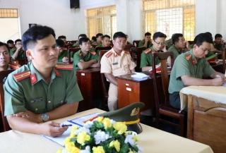 Khai giảng lớp tập huấn điều lệnh, quân sự, võ thuật năm 2020
