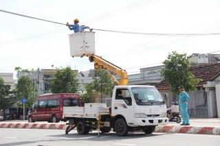 Các đơn vị sở hữu cáp viễn thông chỉnh trang cáp trên địa bàn thành phố