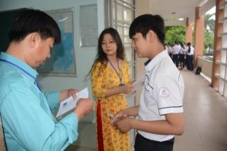Tuyệt đối không để học sinh bỏ thi tốt nghiệp THPT vì điều kiện khó khăn
