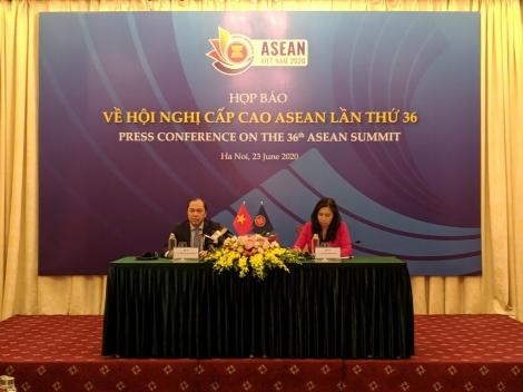 Thứ trưởng Nguyễn Quốc Dũng: ASEAN không chọn bên giữa Mỹ - Trung