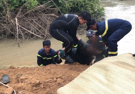 Tìm được thi thể thanh niên bị nạn dưới cầu Suối Ky