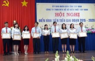 Công ty TNHH MTV Xổ số kiến thiết Tây Ninh: Biểu dương 13 tập thể và cá nhân điển hình tiên tiến