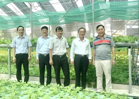 Bí thư Tỉnh uỷ Bình Dương tham quan mô hình Aquaponics tại Tây Ninh