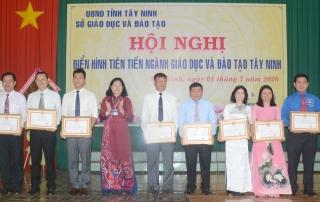 Ngành Giáo dục Tây Ninh tổng kết phong trào thi đua yêu nước