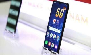 Người Trung Quốc bất ngờ với smartphone 5G Việt Nam