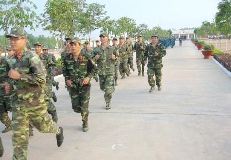 Tân Biên: Tổng kết 10 năm thực hiện chiến lược phát triển thể dục, thể thao đến năm 2020 trong LLVT