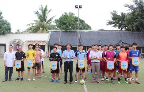 Giải bóng đá truyền thống Trường THPT Nguyễn Chí Thanh