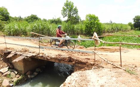 Tân Biên: Người dân kiến nghị sớm hoàn thành những cây cầu dân sinh