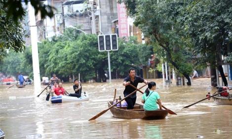 Trung Quốc tiếp tục nâng cảnh báo lũ lụt