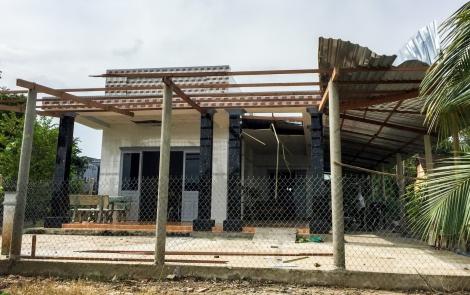 Mưa lớn lại làm tốc mái nhà dân thị xã Trảng Bàng
