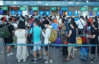 Dừng máy bay, tàu xe đến và đi từ Đà Nẵng