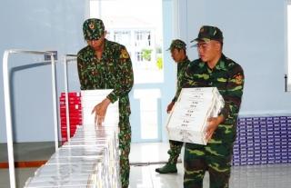 Một đêm, biên phòng bắt giữ 20.100 gói thuốc lậu